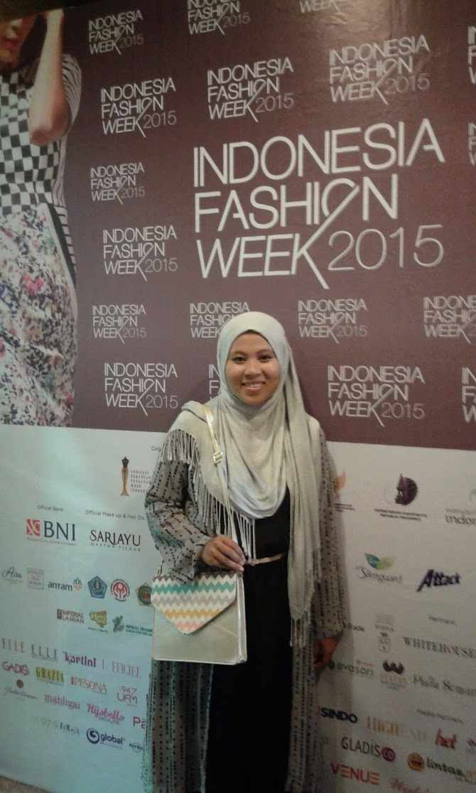 Learn from the expert: The Walking Mannequin IFW 2015.