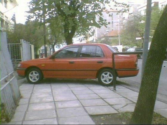 Συνηθισμένο παρκάρισμα ελλείψεως τροχονόμευσης