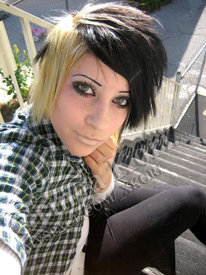 choppy long haircuts for girls. new emo hairstyles 2011.