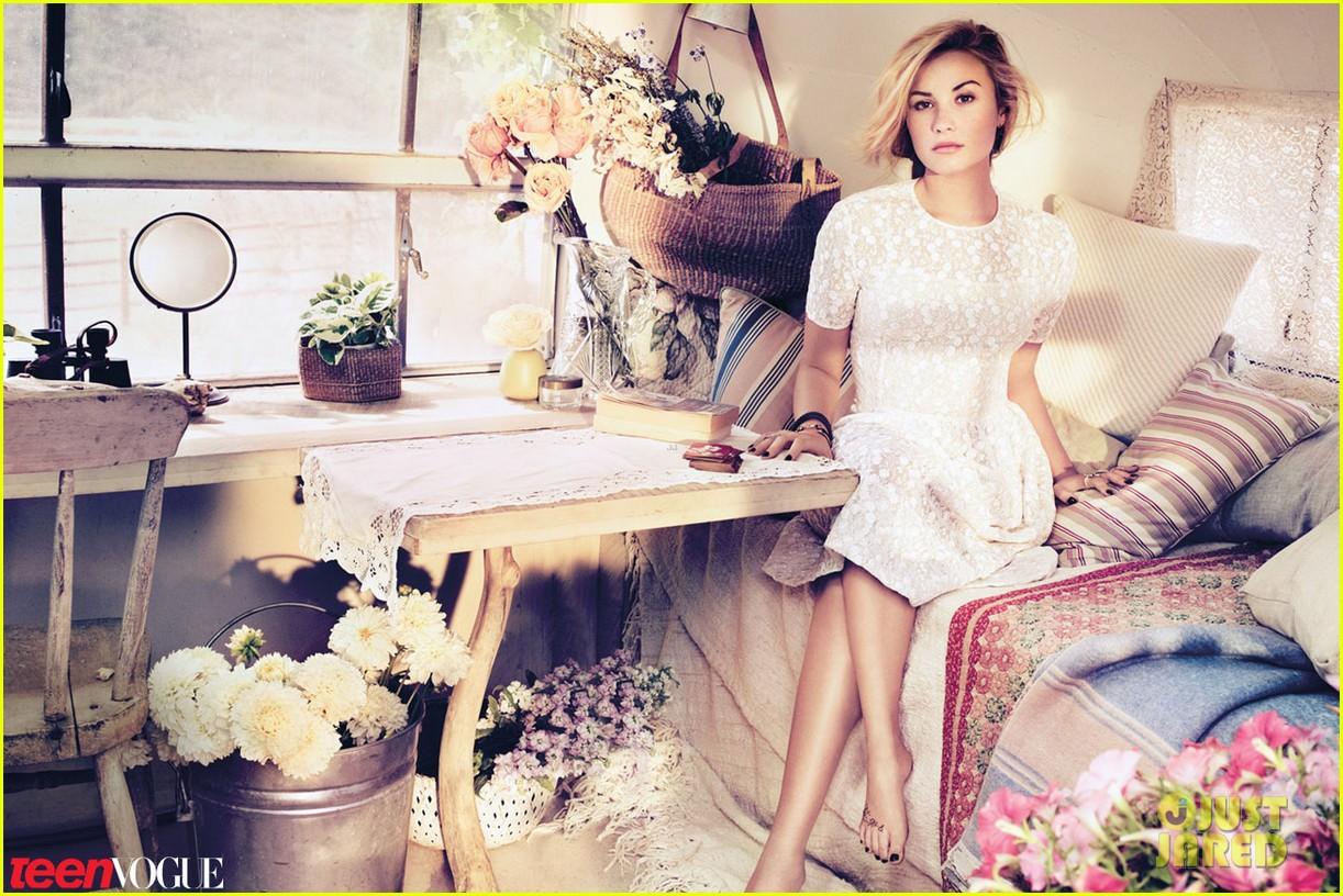 Bunu E-postayla G  246 nder BlogThis  Twitter da Payla   Facebook ta    Demi Lovato Teen Vogue Photoshoot