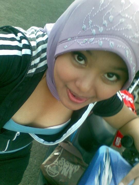 ahyar711: Kumpulan jilbab Mesum