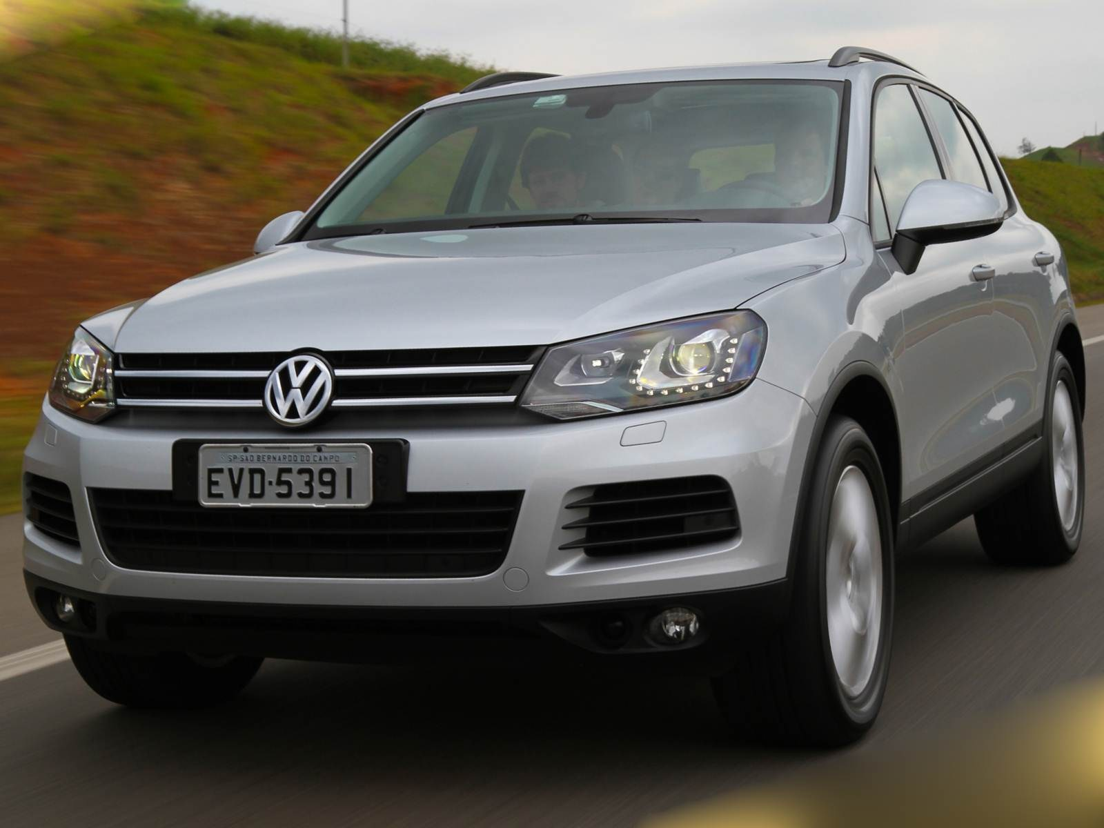 2015 volkswagen touareg cc hd images 2018 hd cars wallpapers. Black Bedroom Furniture Sets. Home Design Ideas