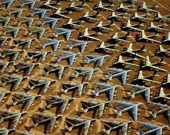 http://3.bp.blogspot.com/-vggjNtZKs1A/UKQjeF10r1I/AAAAAAAAL4o/_EREDbRQAkg/s1600/cimitero-aerei-arizona-02.jpg
