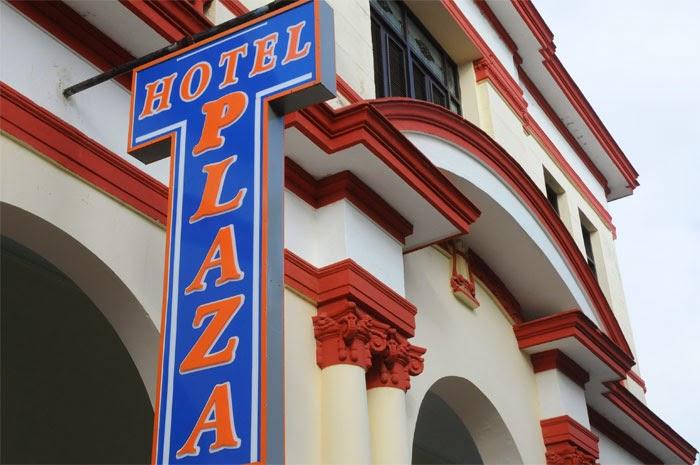 Hotel Plaza, uno de los más antiguos de Baracoa, en Guantánamo, totalmente remozado
