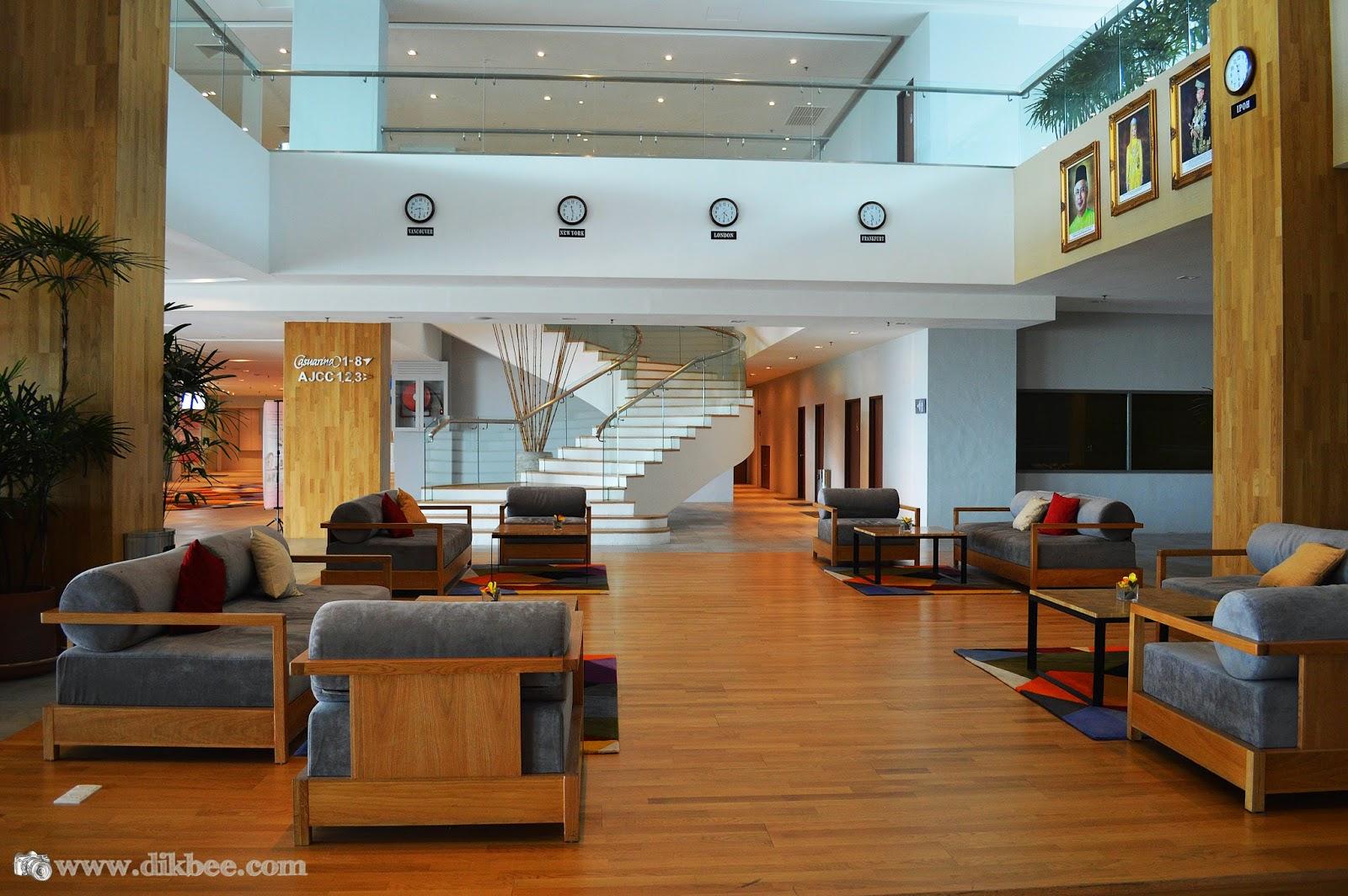 Ruang Lobi Hotel Casuarina @ Meru