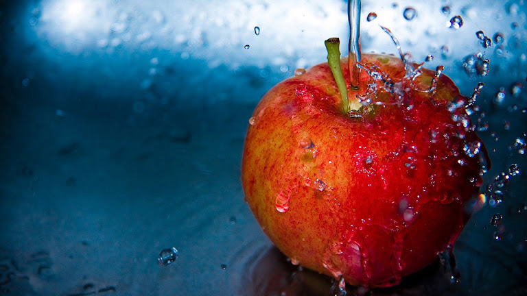 Delicious Apple HD Wallpaper 6