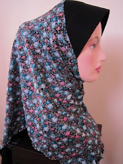 tudung cotton printed bunga pink