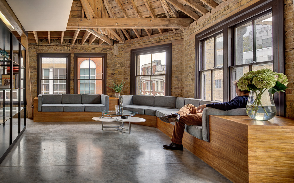 World of Architecture: MAD Agency Attic Office by DOS Architects, Old ...