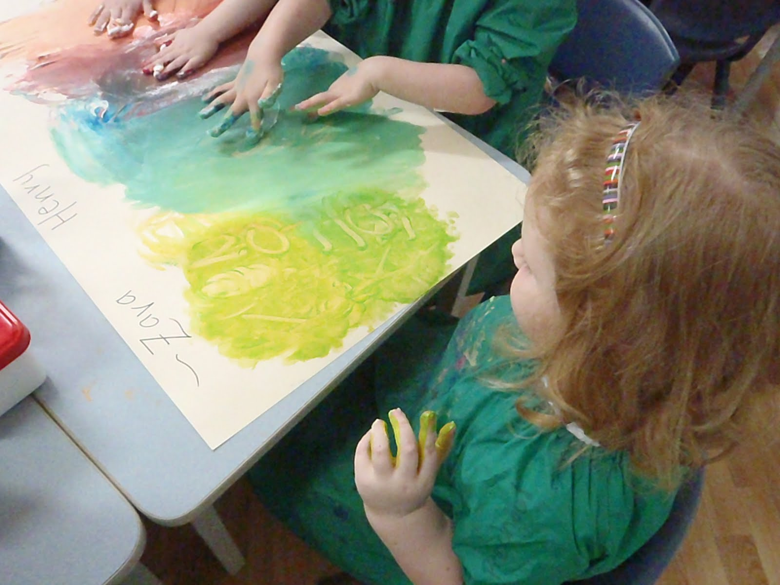 Learning with the under 5s: Colour mixing - jelly and shaving cream