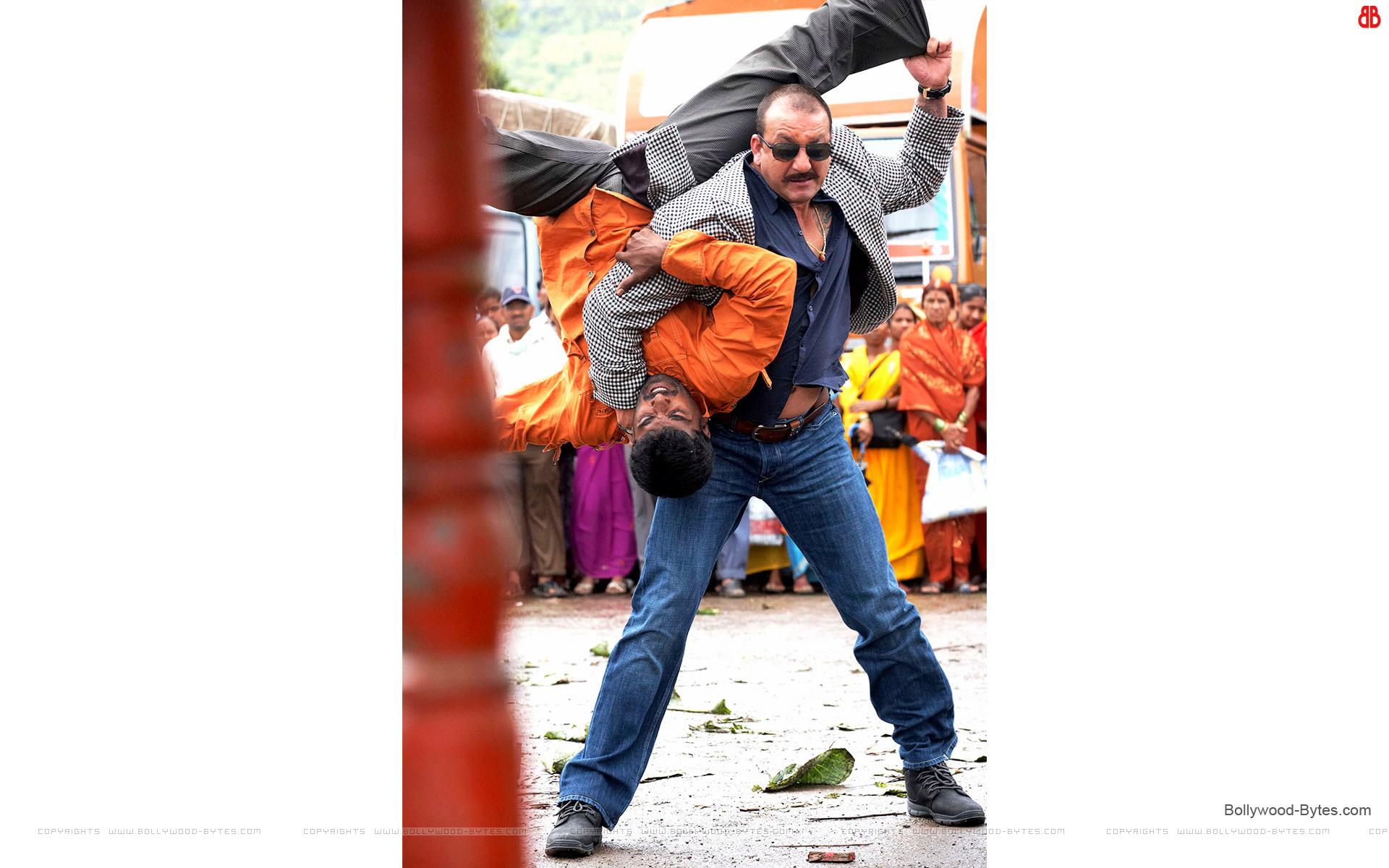 http://3.bp.blogspot.com/-vhNC0CQAcgo/UR8fOc5e-bI/AAAAAAAAbMc/n-xrjwpRnsU/s1920/Zila-Ghaziabad-+Sanjay-Dutt-HD-Wallpaper-05.jpg