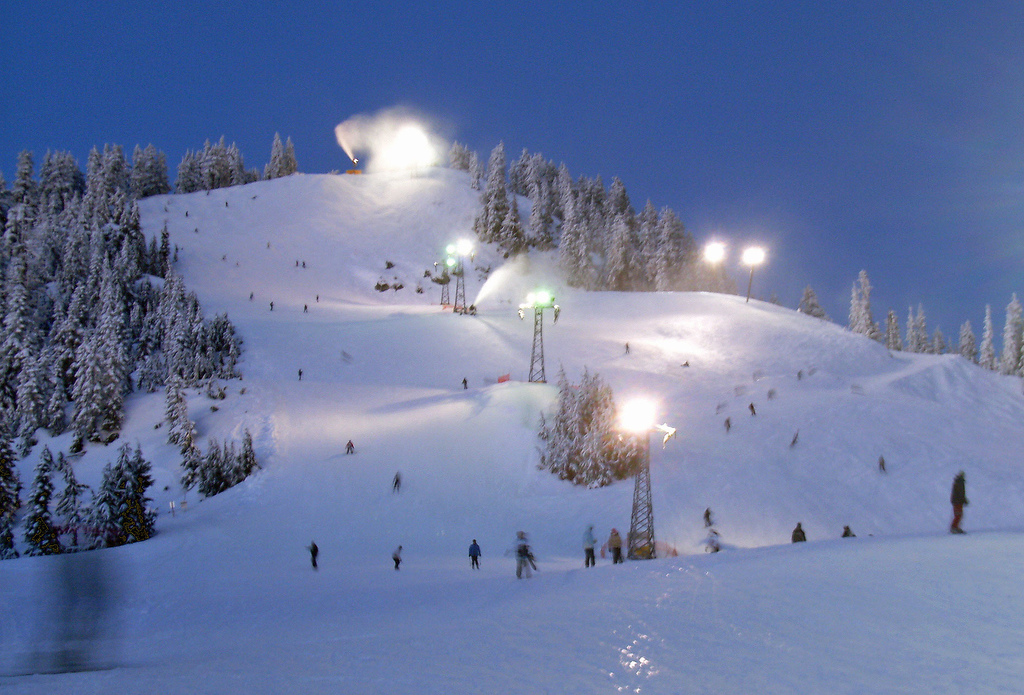 how to get to grouse mountain from vancouver