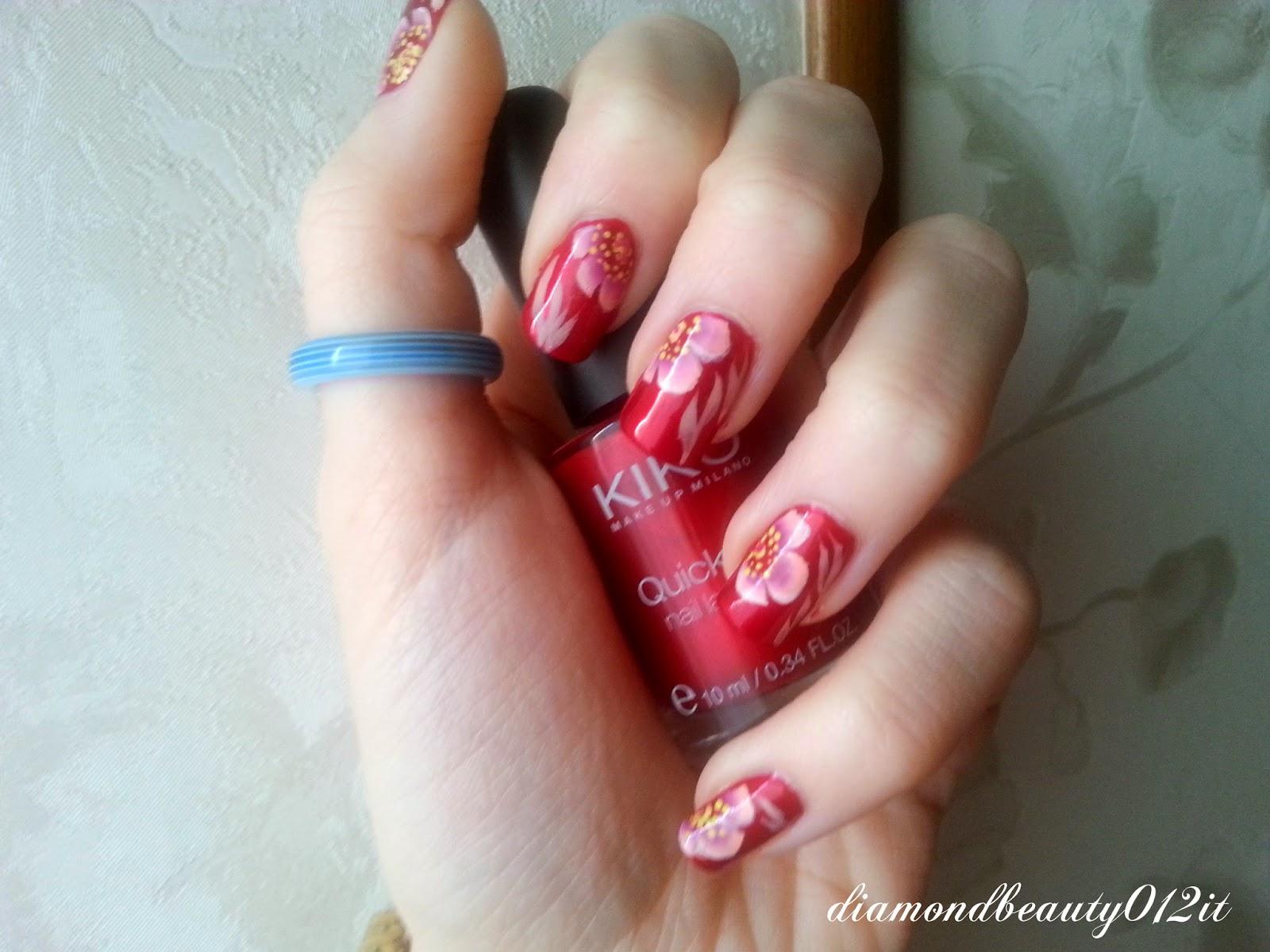 Nail art san valentino con fiori semplici e delicati