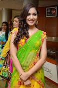 Reetu varma sizzling in half saree-thumbnail-8