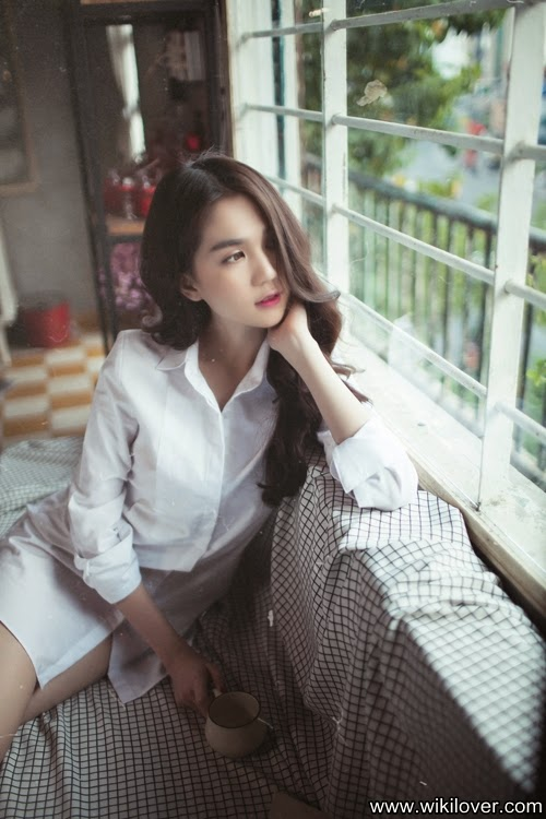 Newest Shots of Ngoc Trinh Vietnamese Model 2015