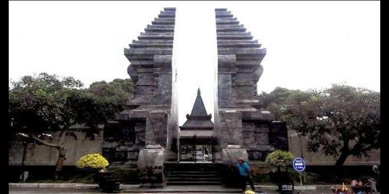 Inilah Tempat Wisata di Jawa Timur Yang Populer - Makam Bung Karno Blitar