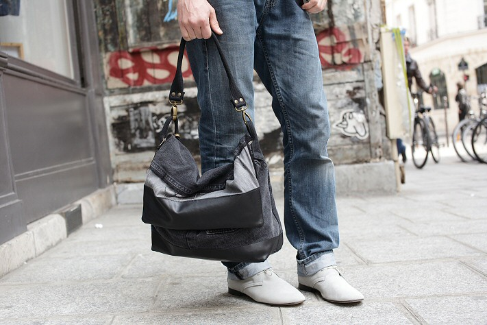 Besace Messenger Jeans noir et derbies anniel homme