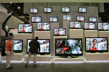 Hướng dẫn kiểm tra thời hạn sử dụng tivi của các hãng