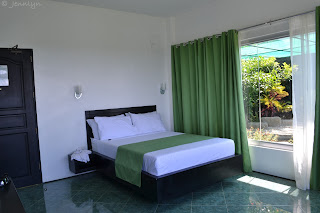 hotel room at garin farm