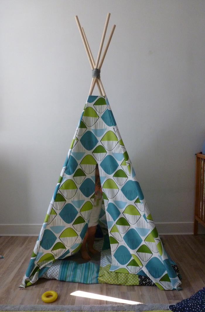 biduldin collection tipi pour chambre d 39 enfant. Black Bedroom Furniture Sets. Home Design Ideas