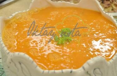Köz Patlıcanlı Domates Çorbası Tarifi