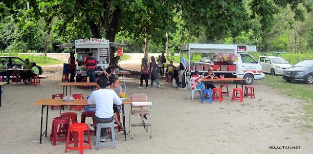 Rojak Buah & Mee Rebus At Pantai Kok