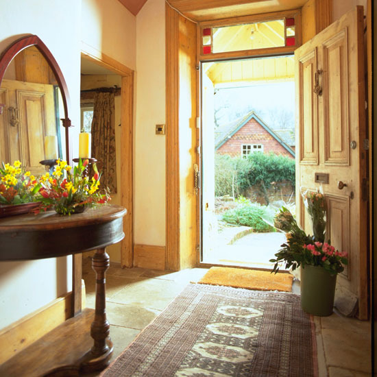 New Home Interior Design Traditional Hallway: Elegance Of Living: Villa Interior Design Ideas