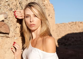 Tonya Kinzinger bientôt sur NRJ12