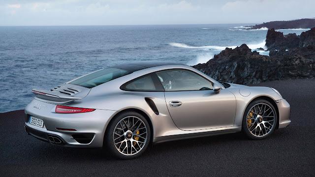 Porsche 911 Turbo side