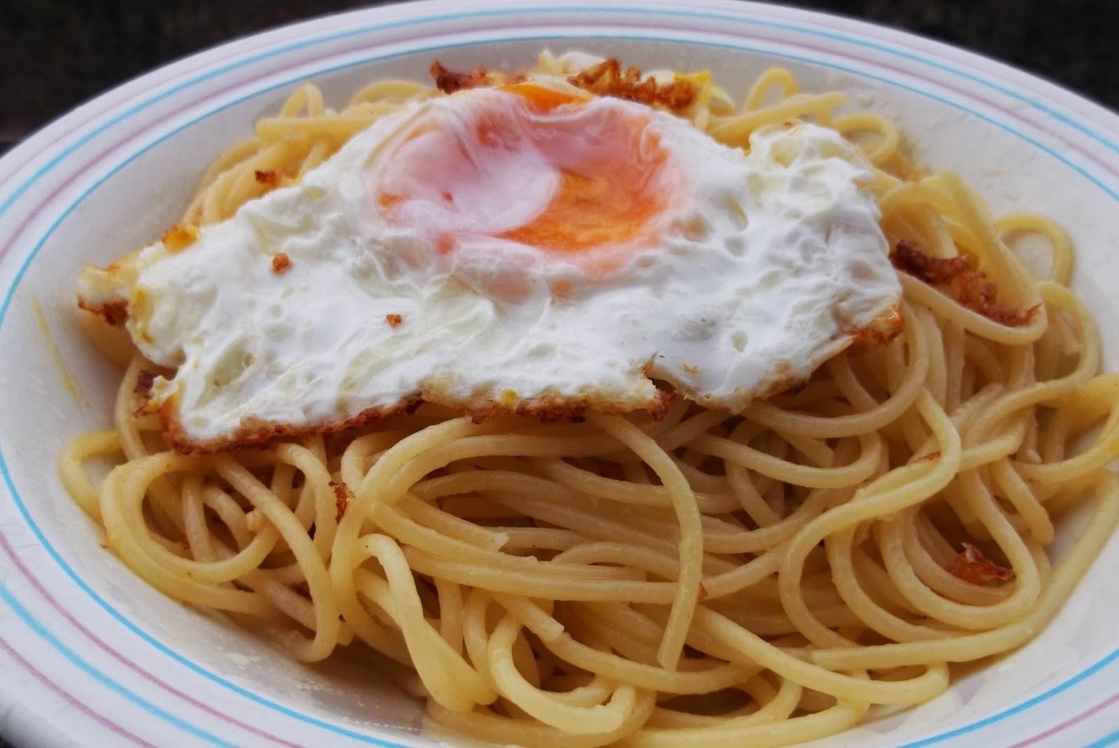 spaghetti all'occhio di bue