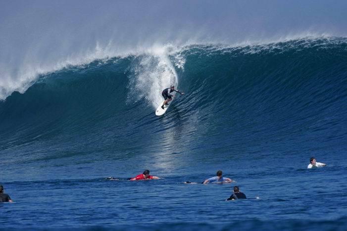 Beach Surfing Style