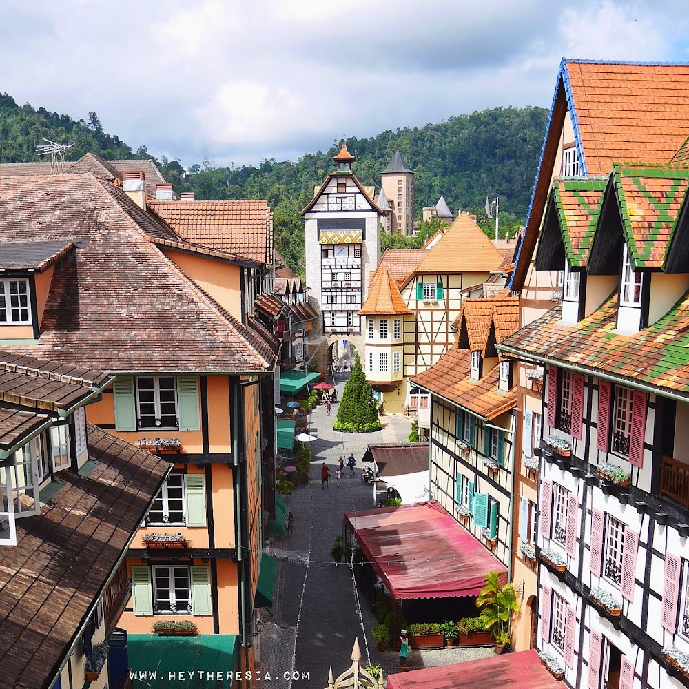 Malaysia: Day Trip To Colmar Tropicale At Berjaya Hills From Kuala