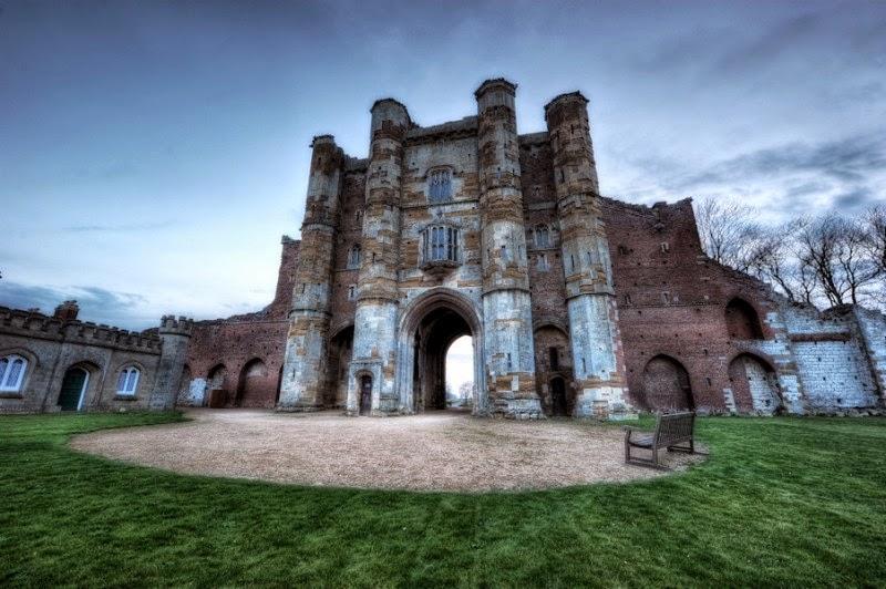 Призрачен замък англия