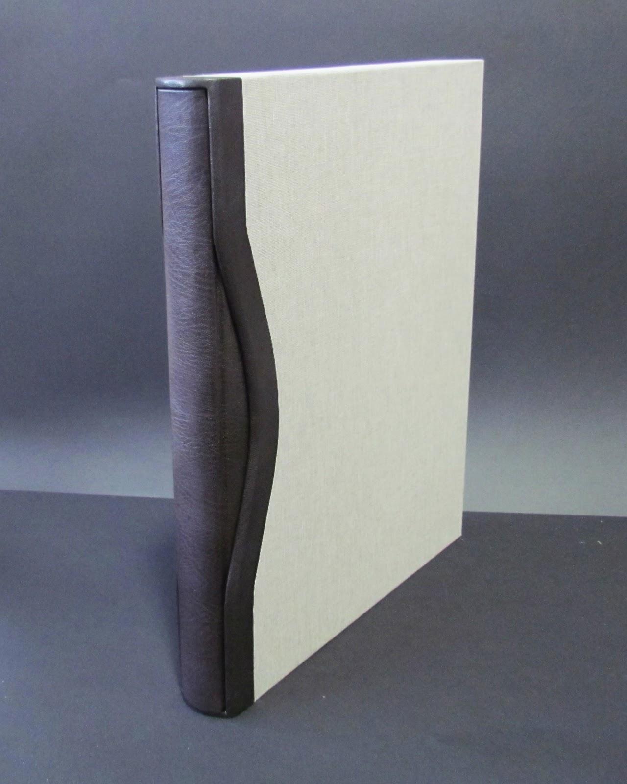 http://3.bp.blogspot.com/-vkIkF_cKPR8/UU0sAj2sDHI/AAAAAAAABRQ/dlo29z0S_H0/s1600/seder+book+and+slipcase+1.jpg