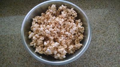 Gooey Caramel popcorn