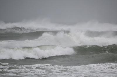 photo of winter waves at rockaway beach oregon by Nancy Zavada
