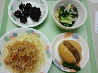 写真:パルス入院1クール7日目の昼食