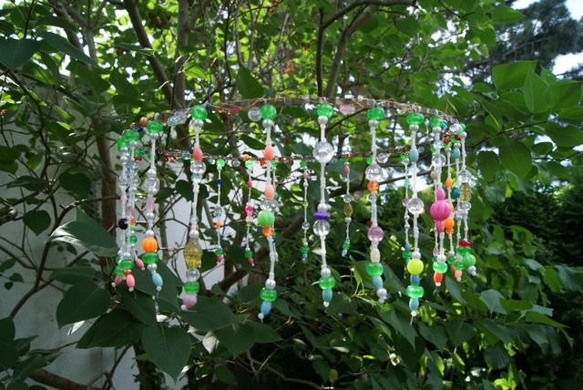 Filz und garten gartenblog gartendeko aus perlen und draht f r den sommer - Gartendekoration basteln ...