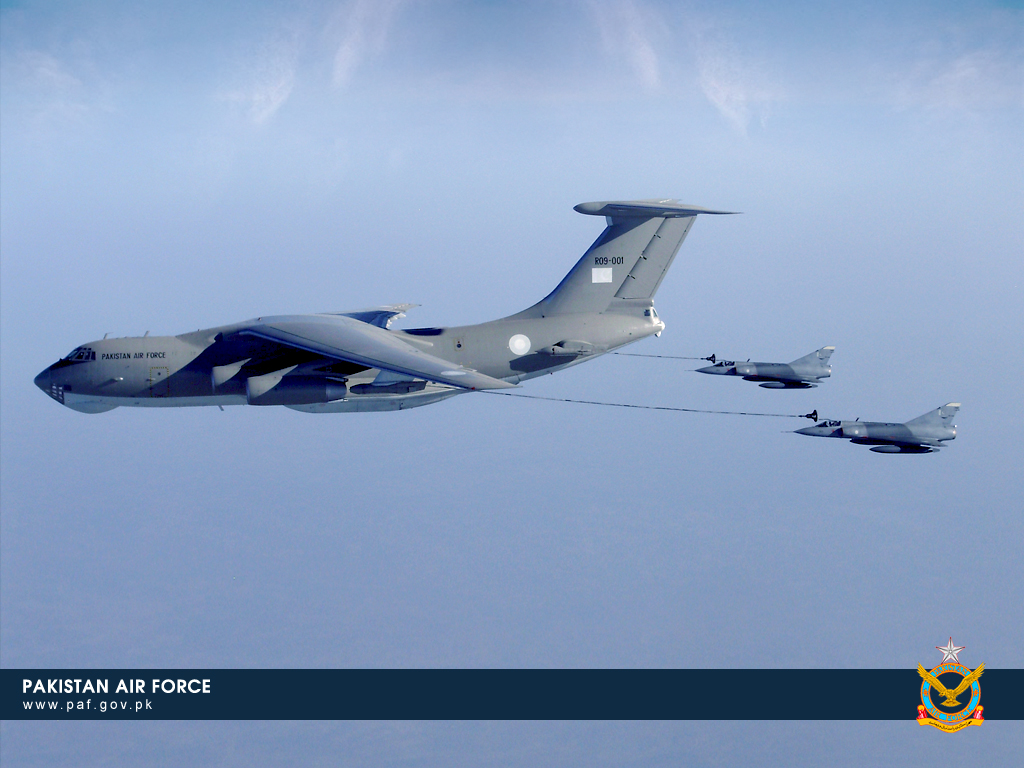 Pakistan Air Force IL-78 Refueling Aircraft Wallpaper