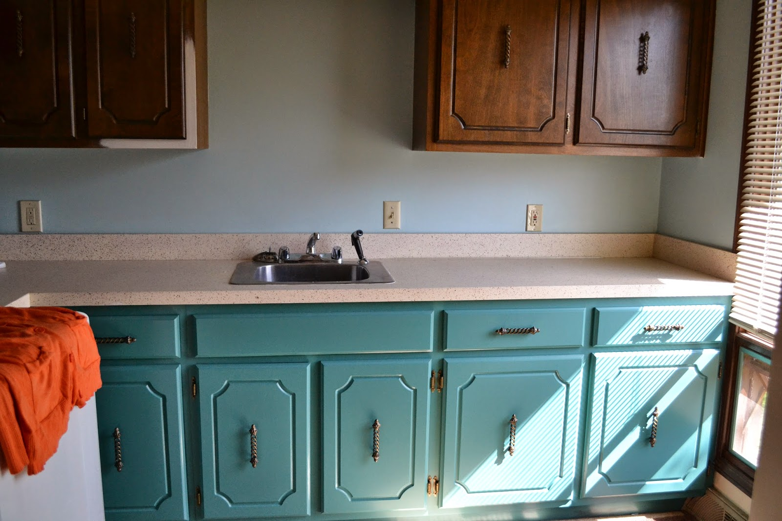 Sherwin Williams Divine White. Sherwin Williams Kitchen Cabinet ...