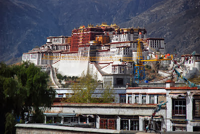 Holiday in Tibet, adventure, budget holiday, backpackers, tour to Tibet, scuba diving, vacances