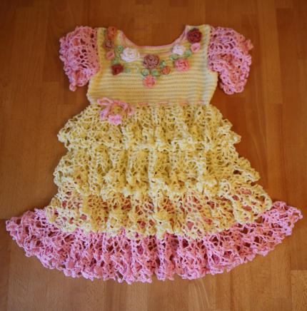 Lemon & Pink Dress with Pineapple Motifs - Free Pattern