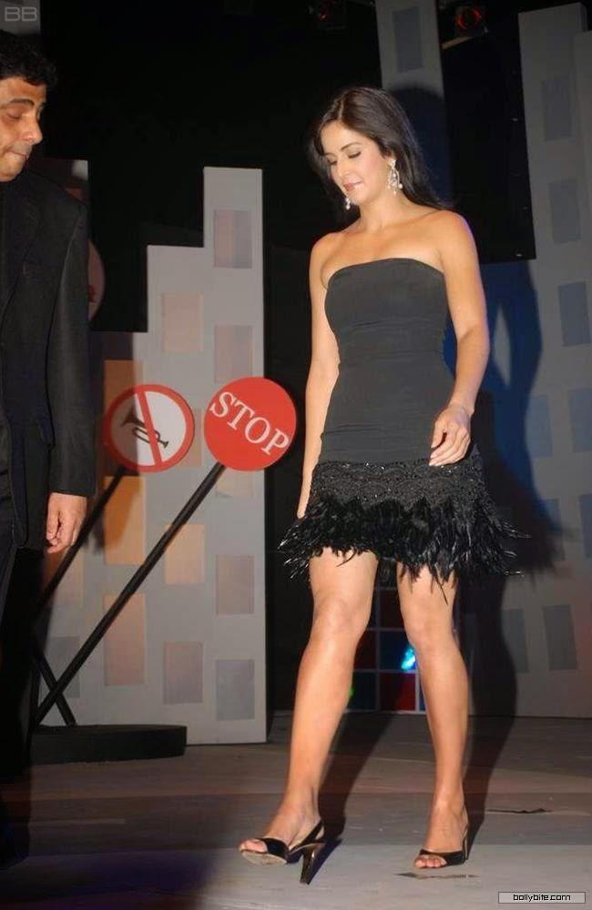 Katrina Kaif legs hq