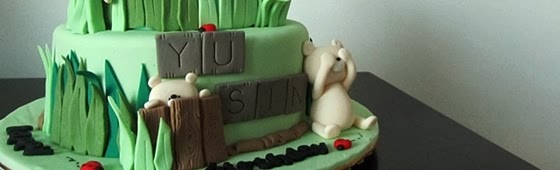 Teddy Bear design cake header picture