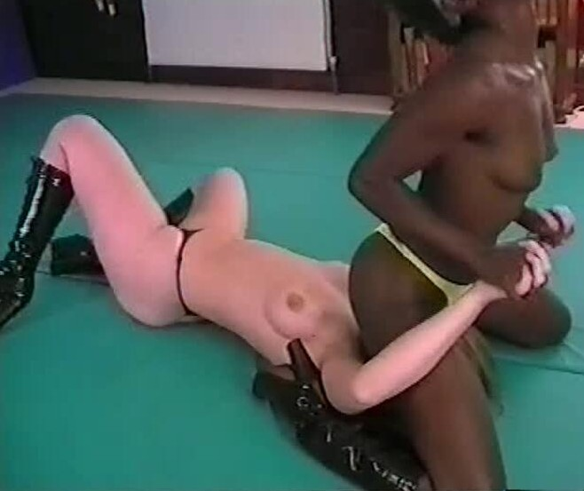 Interracial girl fights #5
