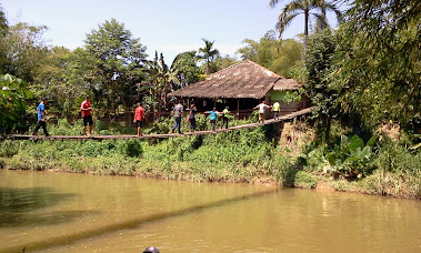 THE MOYOG RIVER AT MONSOPIAD CULTURAL VILLAGE