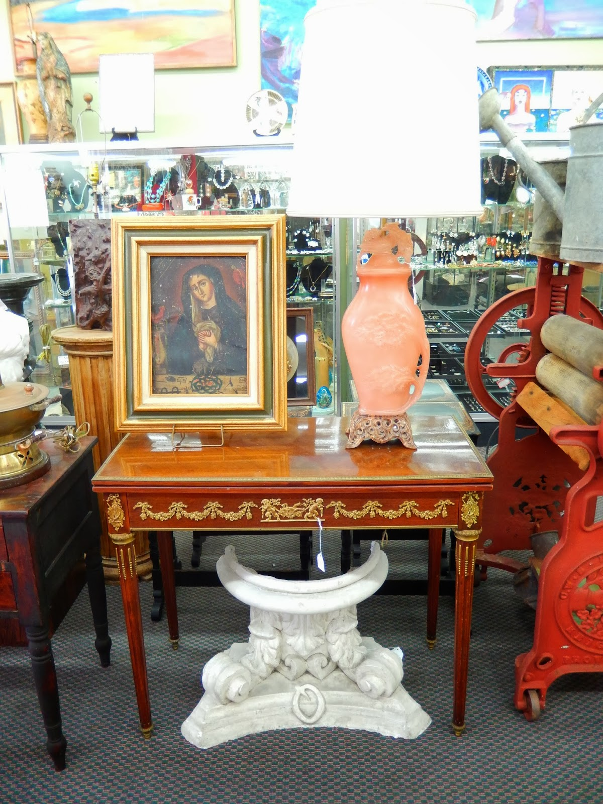 Newport avenue antiques: february 2014