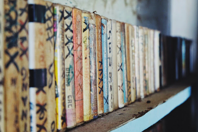 koleksi kaset lama