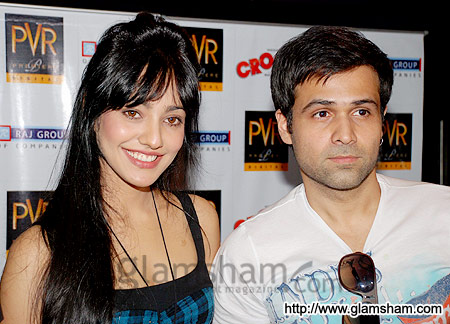 Emran Hashmi with Neha Sharma