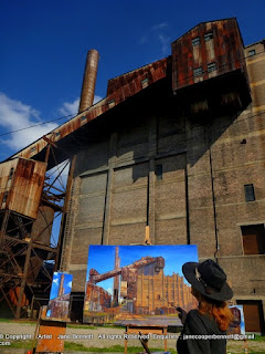 Urban decay - Industrial heritage artist Jane Bennett painting 'en plein air' at the White Bay Power Station