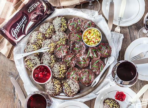 Chipsy z carpaccio w czekoladowej glazurze